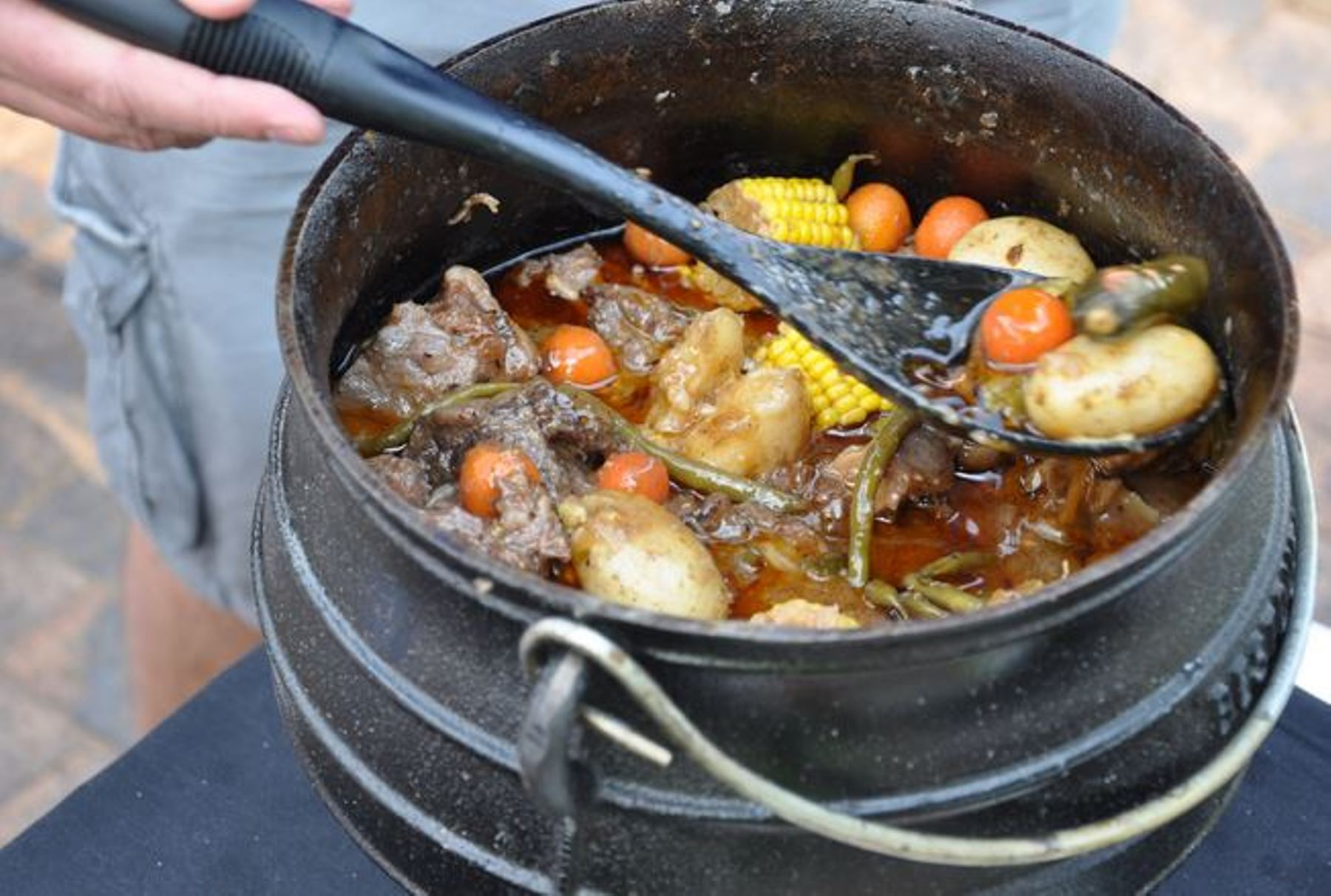 Jenman Safaris potjie competition cook-off! 7