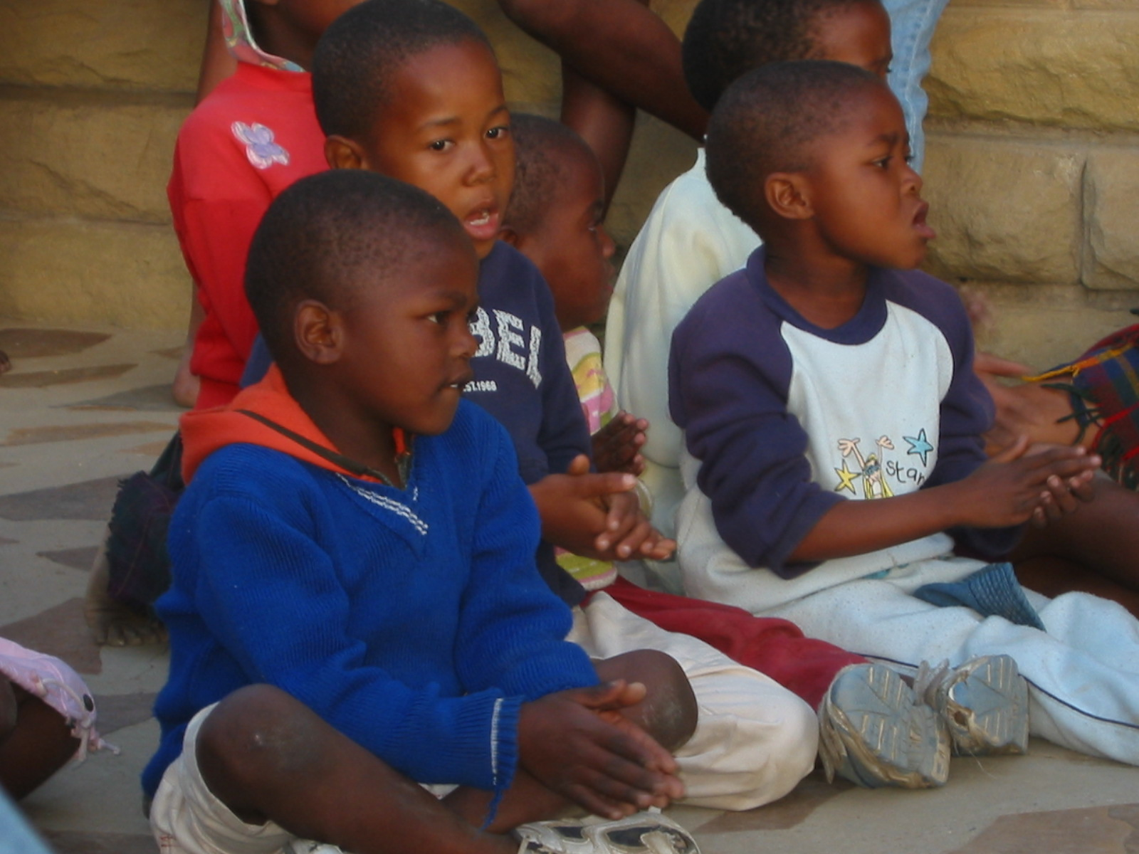 HIMBA DONATION – Jenman clients give donations with Jenman support