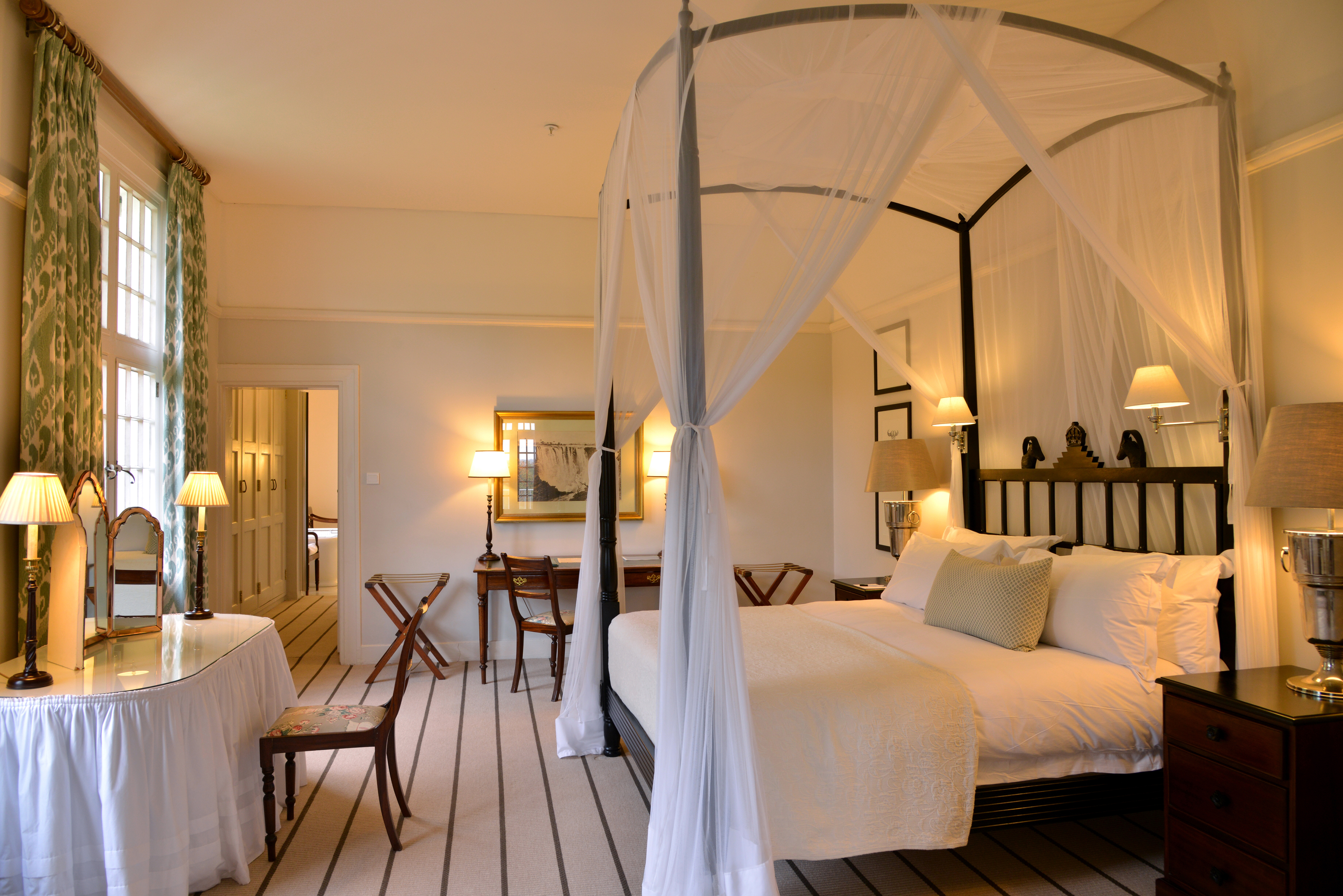 Top 10 Lodges of Victoria Falls 8