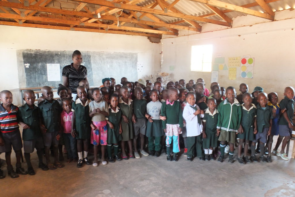 Grow Africa Update: Painting a classroom at Dingani Primary School